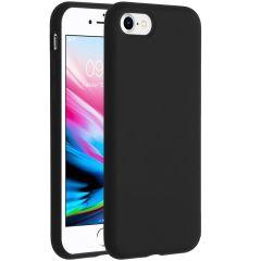 Accezz Coque Liquid Silicone iPhone SE (2020) / 8 / 7 - Noir