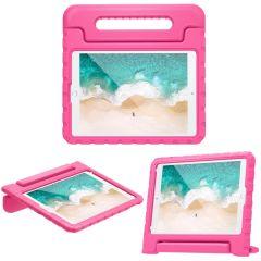 iMoshion Coque kidsproof avec poignée iPad 10.2 (2019 / 2020) - Rose
