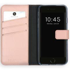 Selencia Étui de téléphone en cuir iPhone SE (2020) / 8 / 7 / 6(s)