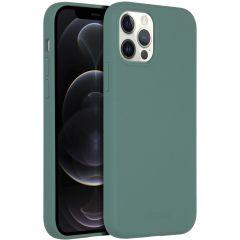 Accezz Coque Liquid Silicone avec MagSafe iPhone 12 (Pro) - Vert