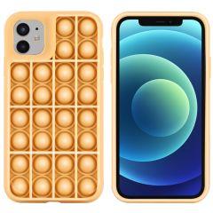 iMoshion Pop It Fidget Toy - Coque Pop It iPhone 12 (Pro) - Dorée
